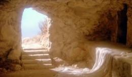 jesus-nos-acena-na-direc3a7c3a3o-de-um-tc3bamulo-vazio